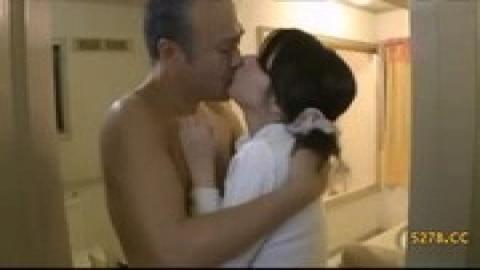 人妻和義父做愛(中字)